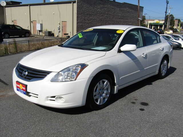 used cars spartanburg family auto of spartanburg 2010 nissan altima 2 5s used nissans used. Black Bedroom Furniture Sets. Home Design Ideas