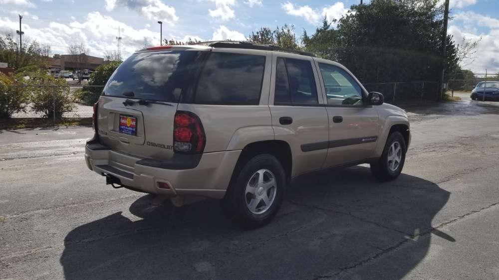 Chevrolet Trailblazer 2004 Gold