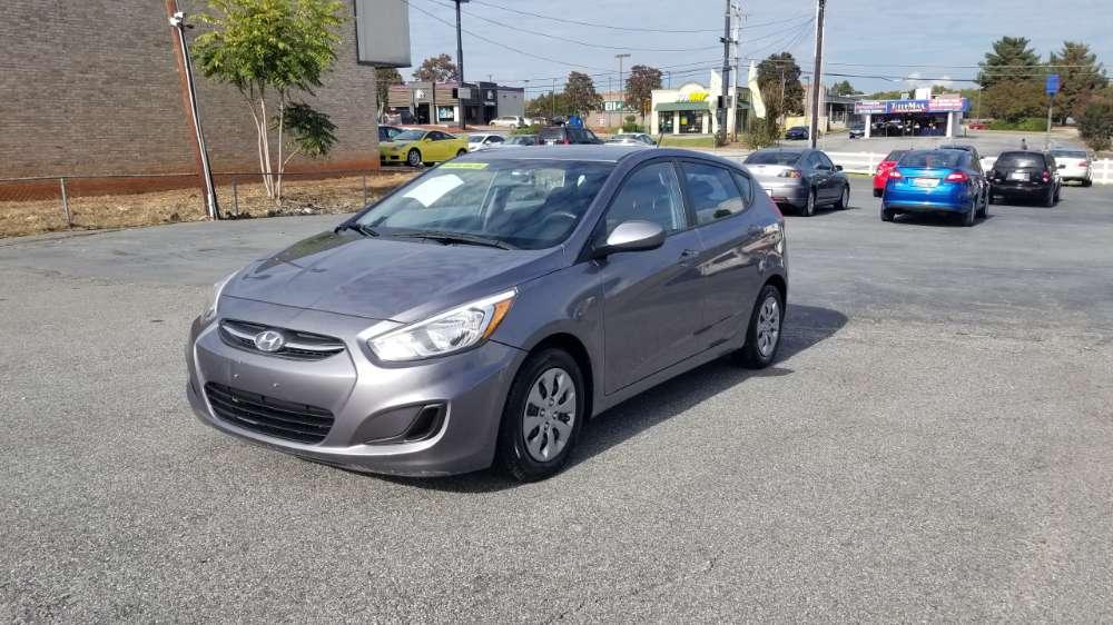 Hyundai Accent 2015 Silver