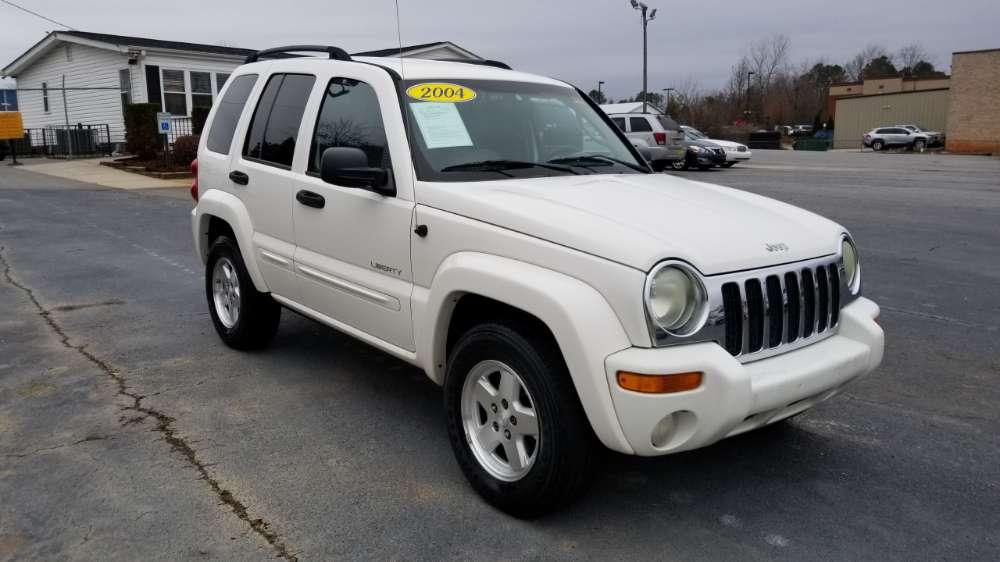 Jeep Liberty 2004 White
