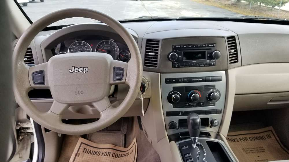 Jeep Grand Cherokee 2007 White
