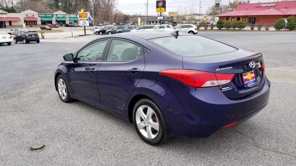 Hyundai Elantra 2013 Blue