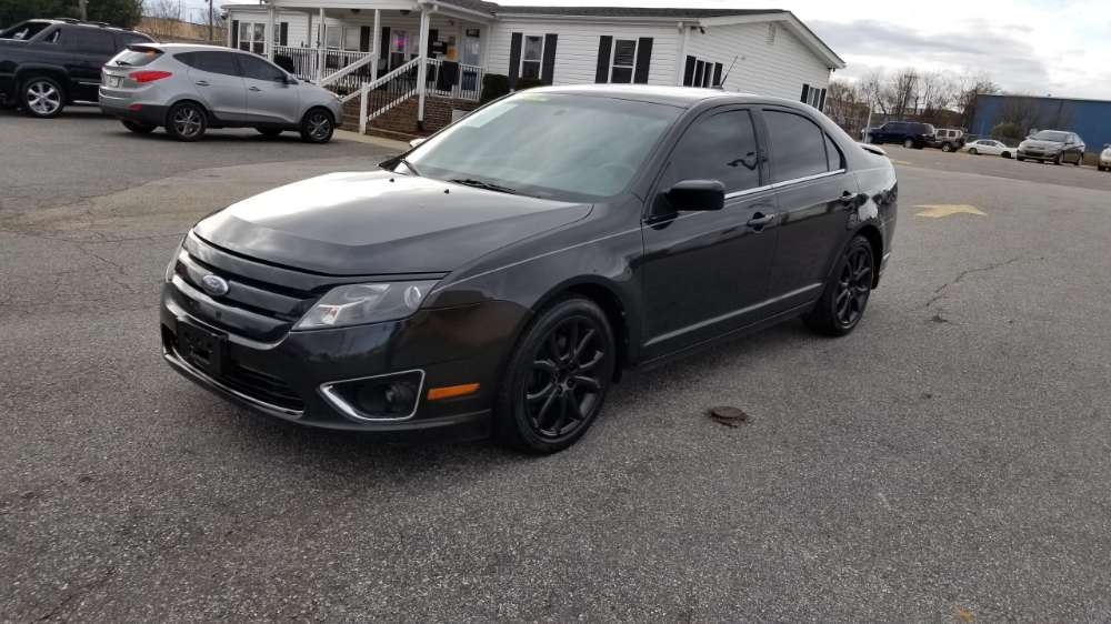 Ford Fusion 2010 Black