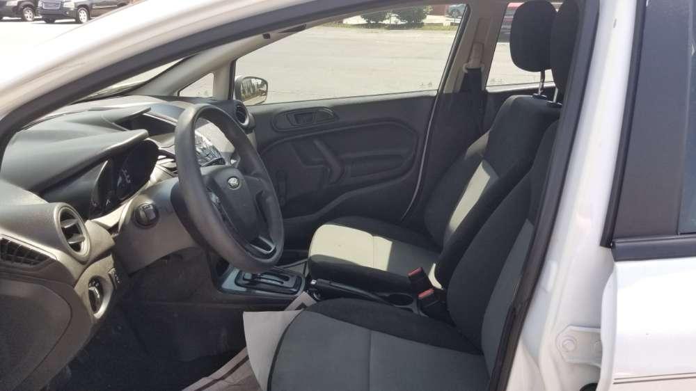 Ford Fiesta 2016 White