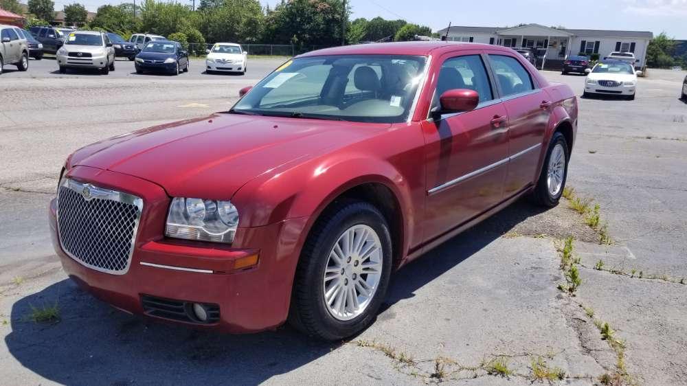 Chrysler 300 2008 Red