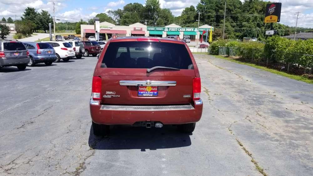 Chrysler Aspen 2008 Red