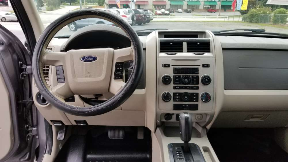 Ford Escape 2010 Gray