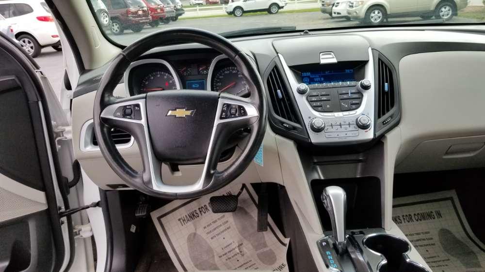 Chevrolet Equinox 2011 White