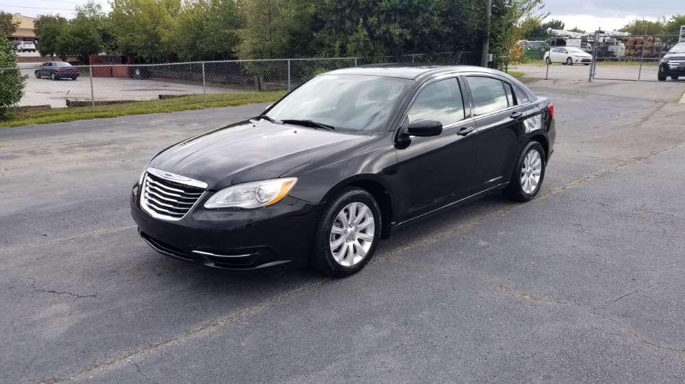 Chrysler 200 2011 Black